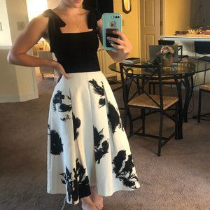 WHBM a-line black and white skirt with pockets